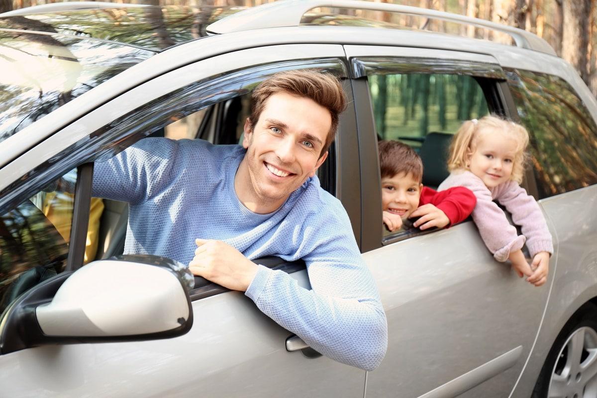 Φθηνή αξιόπιστη ασφάλεια αυτοκινήτου κέρδος για όλη την οικογένεια